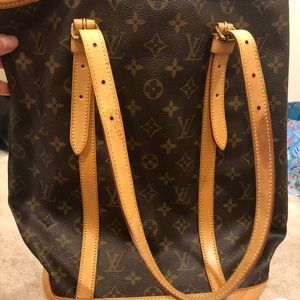 Louis Vuitton Bucket Tote GM